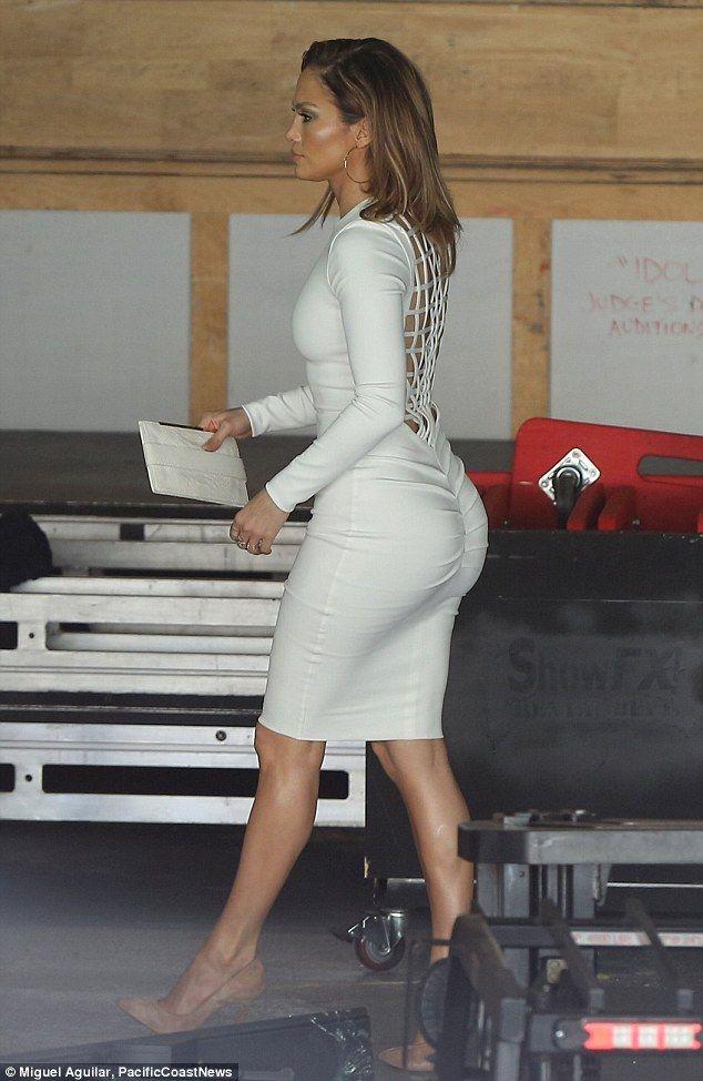 058e7c151bf Jennifer Lopez is white hot in skin tight dress | Signature Style ...