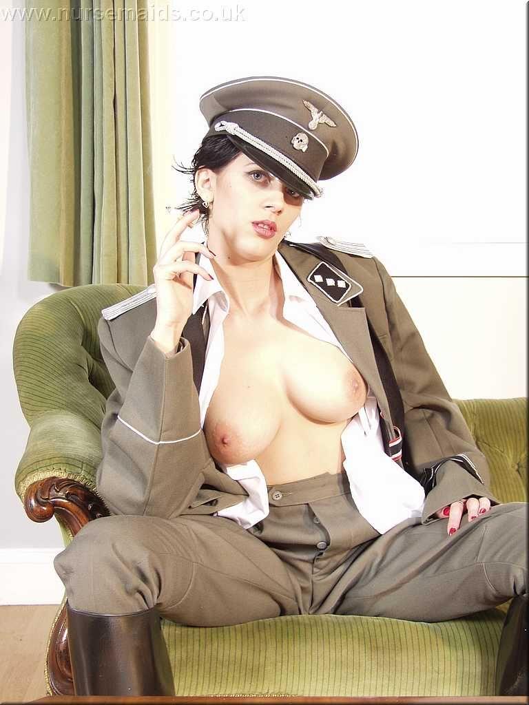 нацистские сучки секс фото интересует