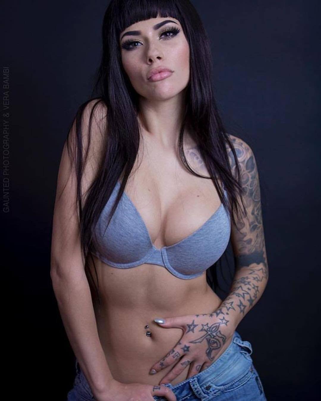 Cleavage Vera Bambi nude (41 photo), Sexy, Leaked, Twitter, underwear 2017
