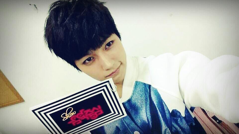 [#INFINITE]  MBC 쇼음악중심 1위후보!!!!!! #0505로 `인피니트`라고 적어서 문자 마구마구 보내주세요~~^^  #Infinite #LastRomeo #인피니트