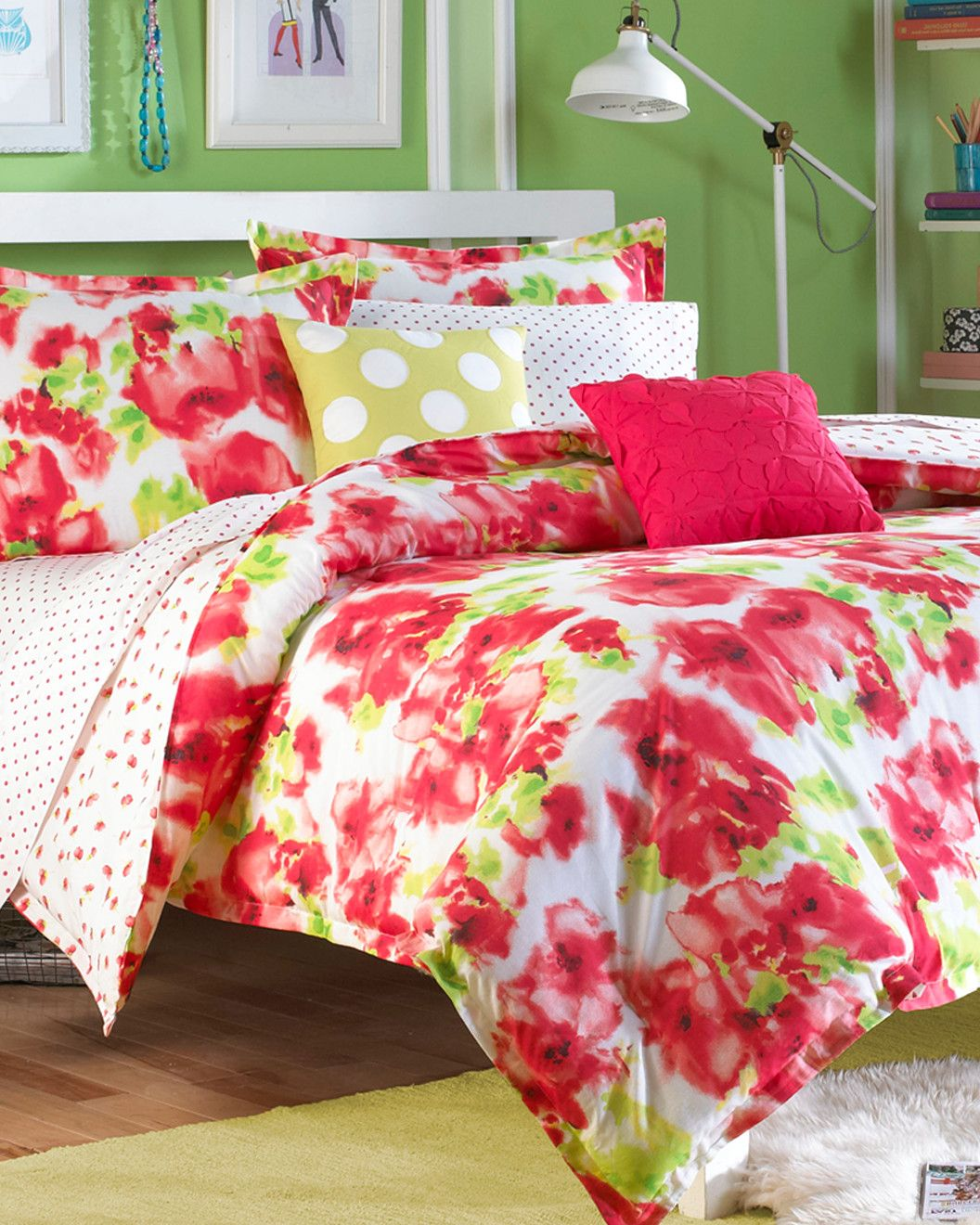 Spotted this Painted Poppy Red Comforter Set on Rue La La. Shop (quickly!).