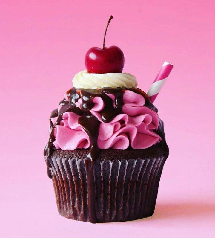 Chocolate Cherry Cupcakes Chocolate Cherry Cupcakes