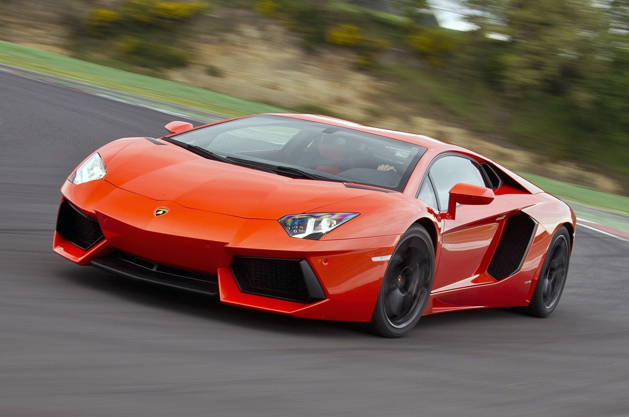 rentals red miami paramount lamborghini rent watch luxury i spyder huracan in cruising on