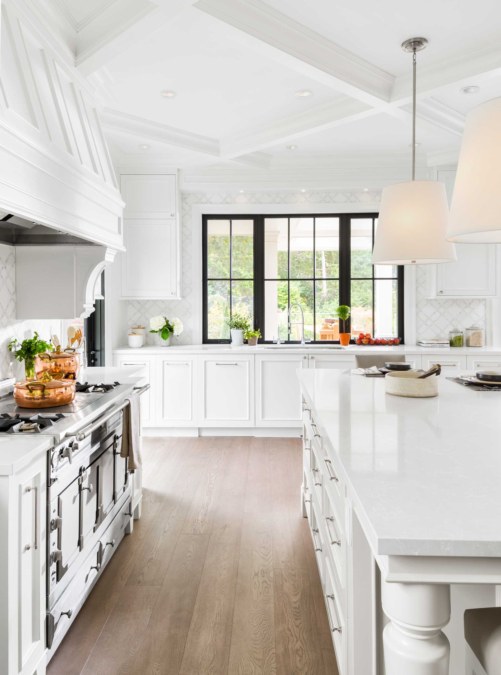 We Can't Get Enough of This NoHoldsBarred Kitchen