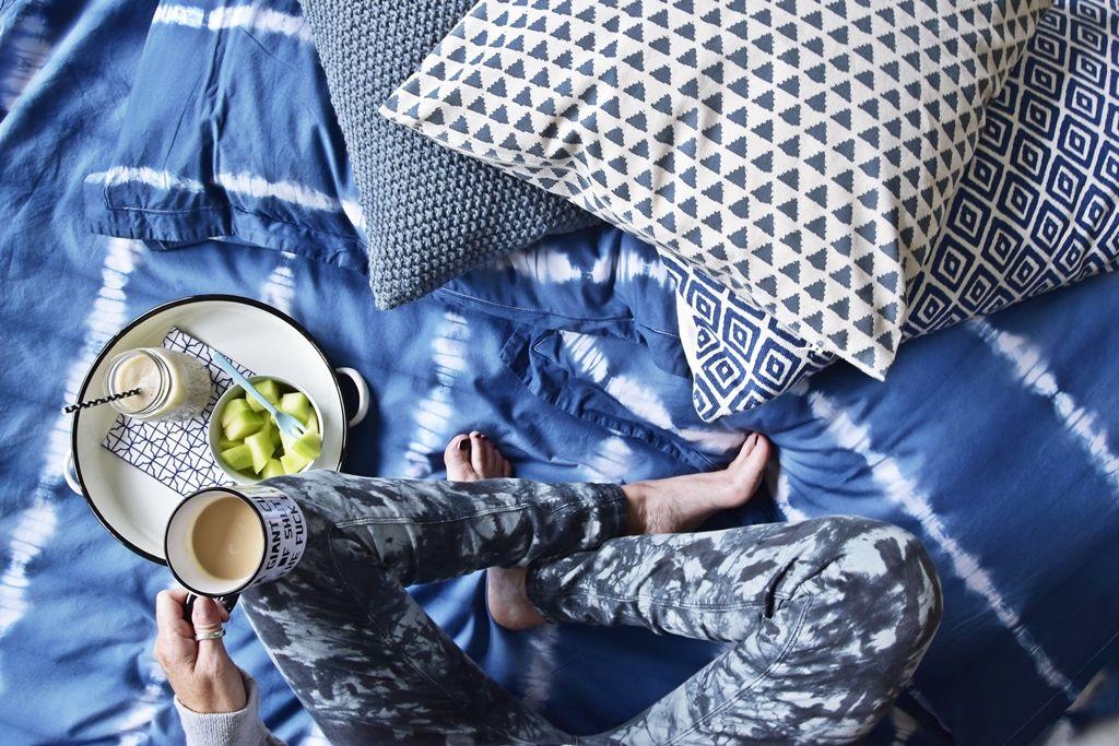 meine selbst gef rbte shibori bettw sche ich hab 39 blau. Black Bedroom Furniture Sets. Home Design Ideas