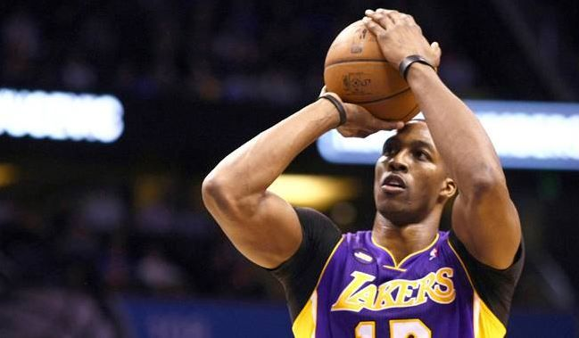 Howard Shows He Can Hack It In Orlando Return La Lakers Orlando Los Angeles Lakers
