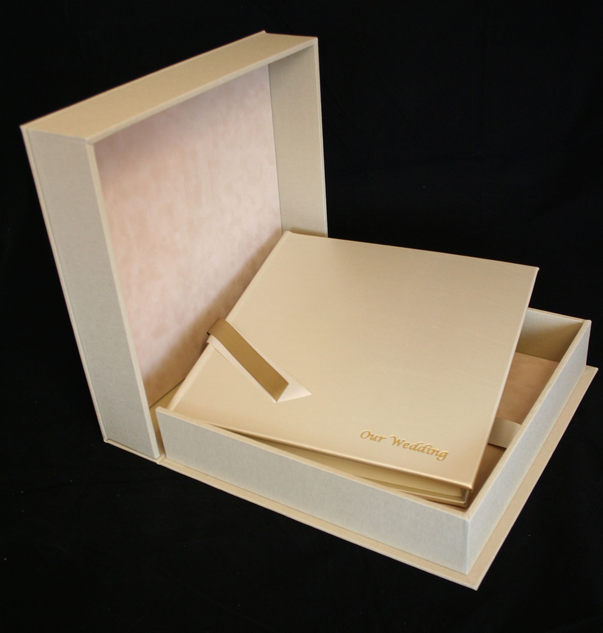 Wedding Al Bound In Ivory Shimmer Leather With Matching Drop Back Box Https