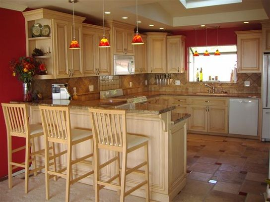 Kitchen ideas on pinterest 10x10 kitchen french country - Peninsula in small kitchen ...