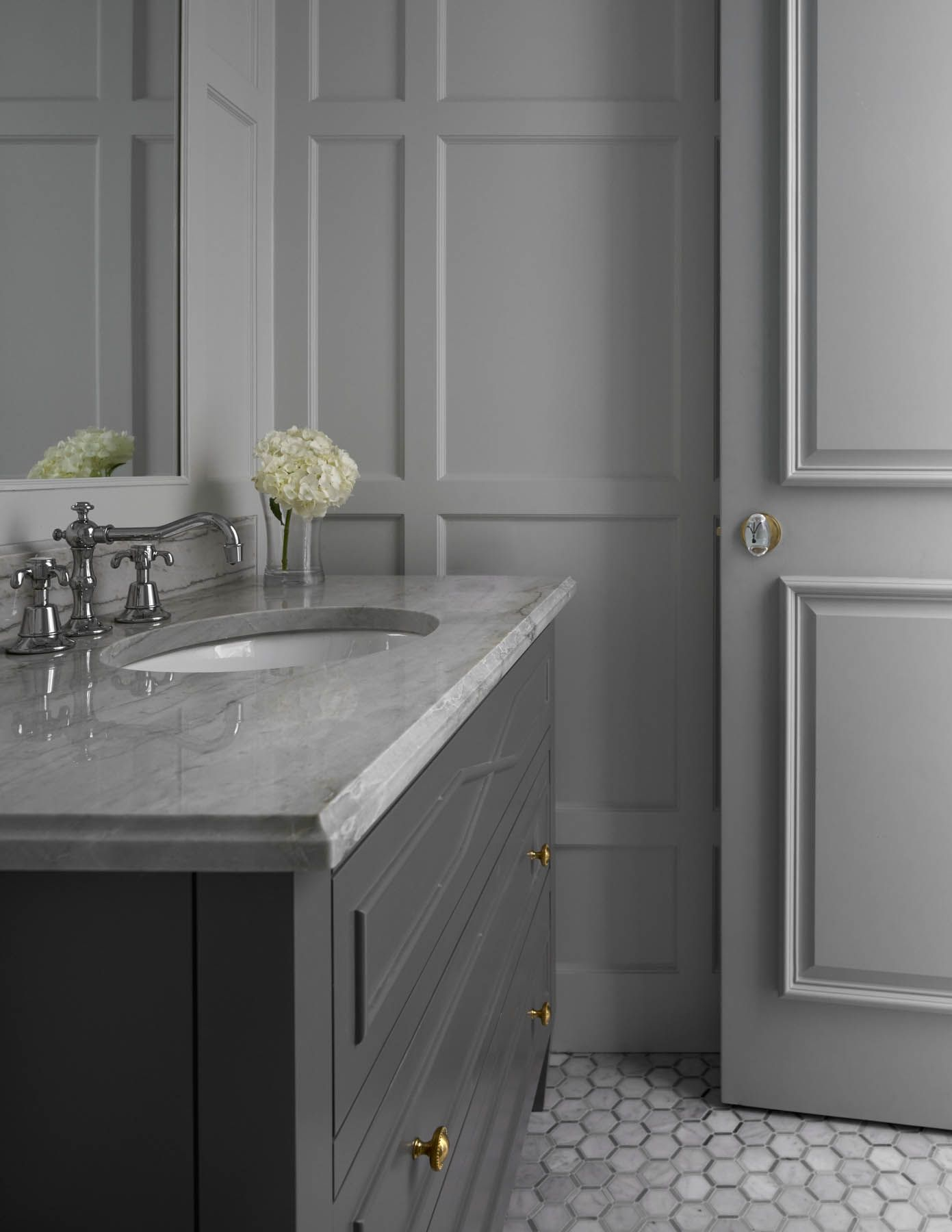 Bath & Powder Rooms – jenkins interiors Bathrooms