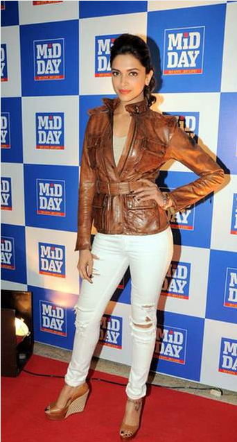 Deepikapadukone In A Funky Brown Leather Jacket Ripped Jeans Style Jean Trends Deepika Padukone