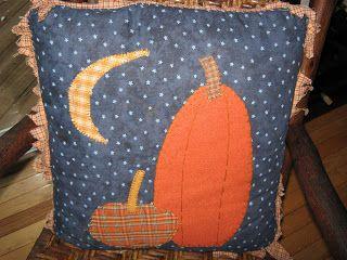 Fake-It Frugal: Primitive Halloween Pillow Inspiration