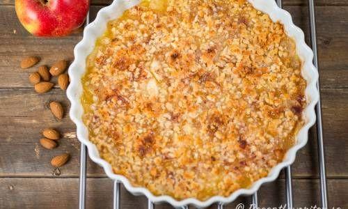 äppelpaj med knäckigt havretäcke