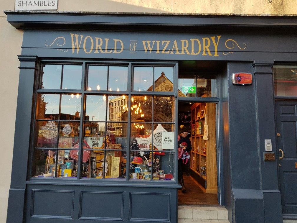 World Of Wizardry Harry Potter Window Display Created By Visobelle Displays Scotland In Shambles York