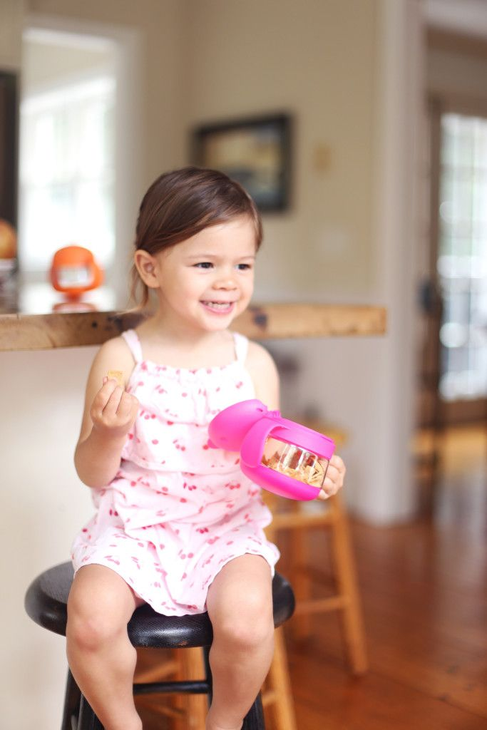 This New Ubbiworld Snack Catcher Is Perfect For Transition From Toddler To Older Child Pnpartner Modern Baby Gear Ubbi Toddler Gear