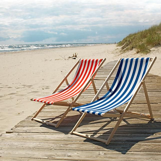 We Love These Ikea Striped Beach Chairs Click For More Beachy Tent Stripe Finds
