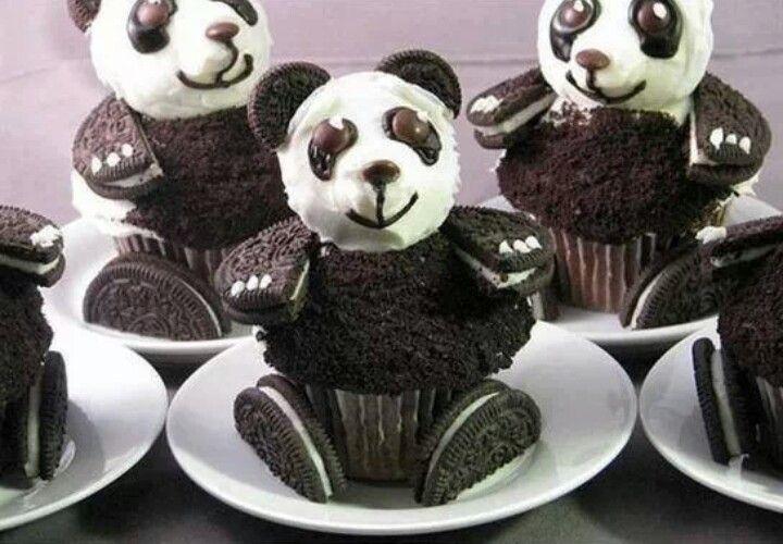 Cute Oreo Panda Cupcakes