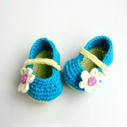 New White Flowers Pattern With Lake Blue Handmade Baby Crochet Shoes