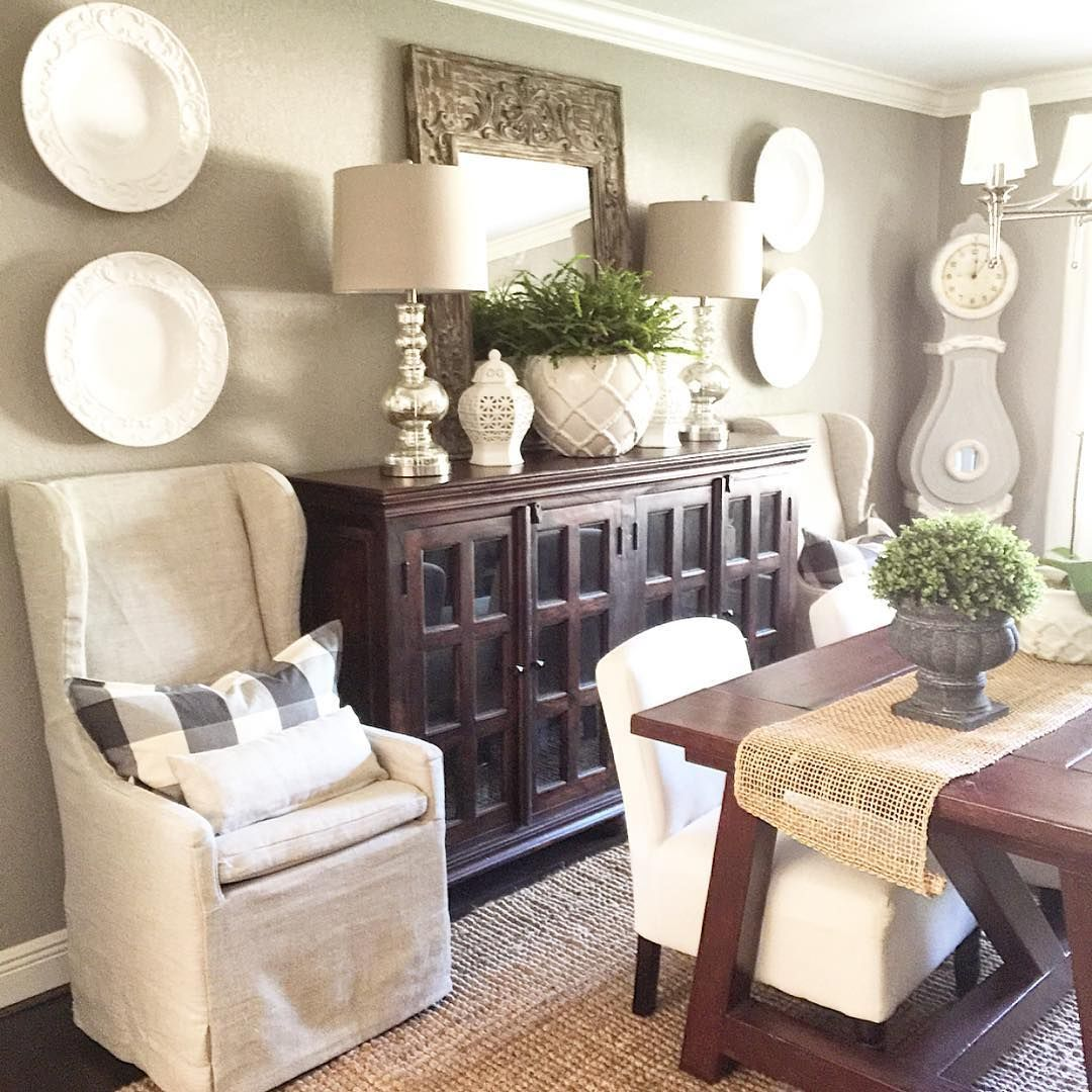 Decorating Ideas For Dining Room Buffet Part - 15: 33 Simple Small Dining Room Decor Ideas Will Make The Room Look Larger -  Dlingoo
