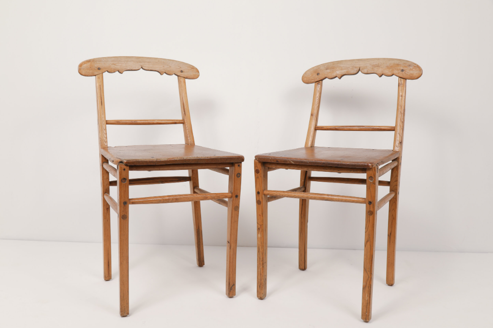 4 Antique Scandinavian Country Dining Chairs Koko Antiques In 2020 Country Dining Dining Chairs Chair