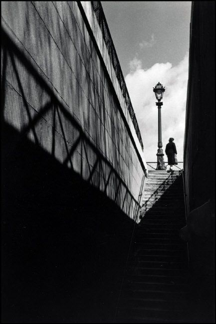 Herbert list stairway at the quay paris france 1936 · dramatic photographyart photographyblack white