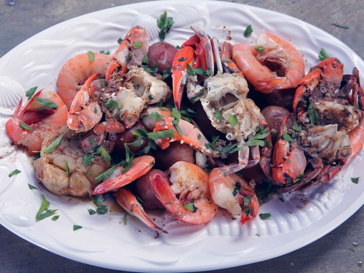Crab and shrimp boil with new potatoes recipe nancy fuller crab and shrimp boil with new potatoes forumfinder Gallery