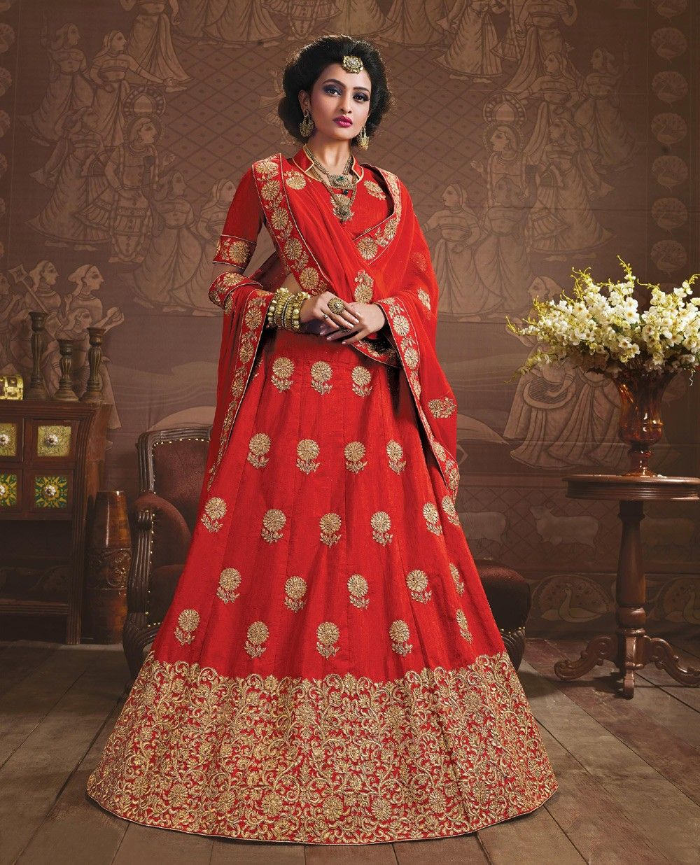 d1b21c46b2cace latest Red silk dulhan lehenga choli for indian marriage | New ...
