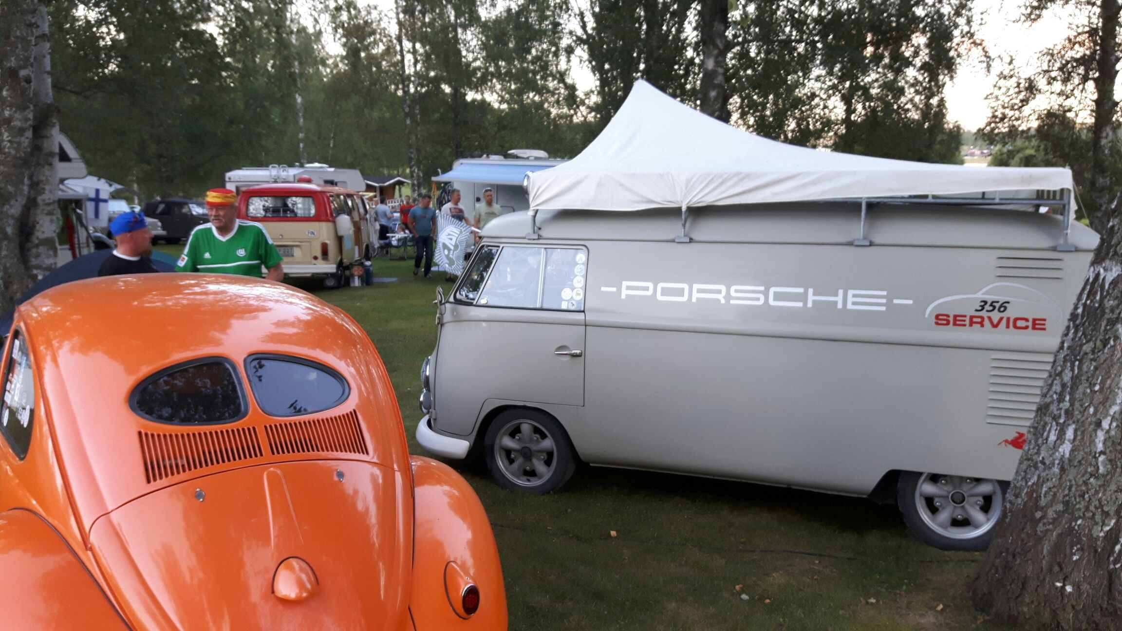 Bug in Fin 2016 VW Beetle and Pirsche Service Type2