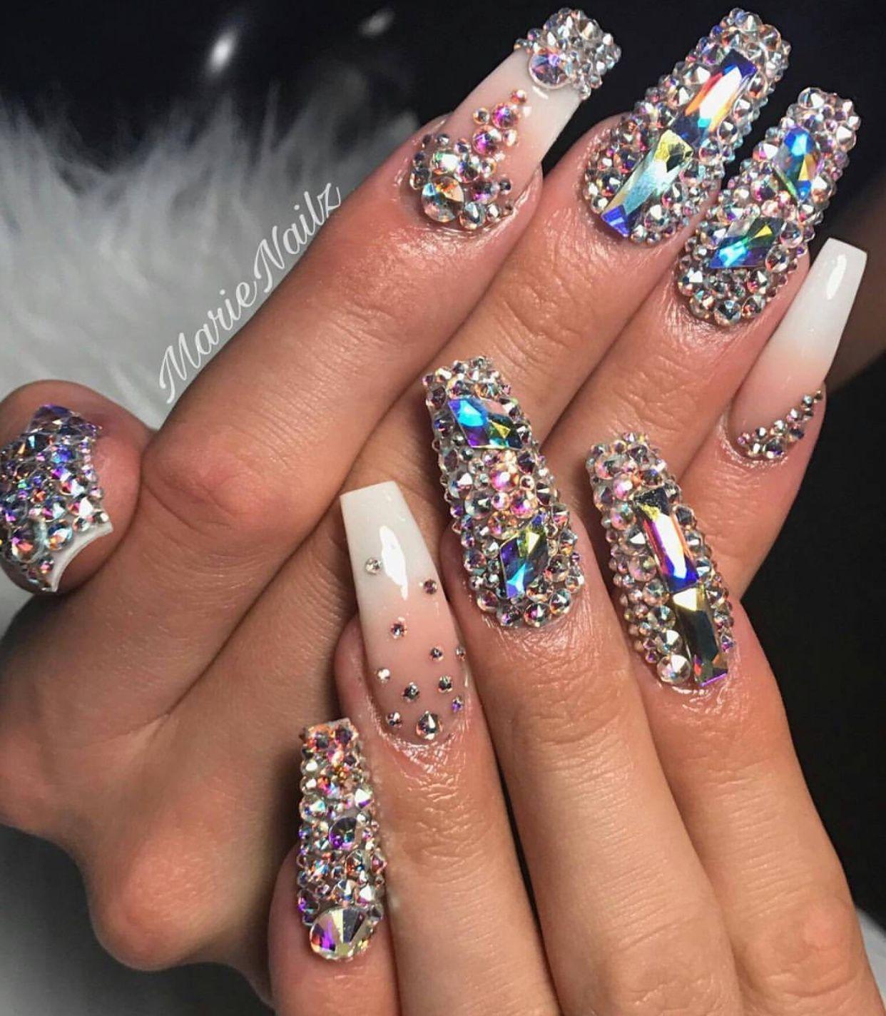 Diamond Nail Design White And Pink Nails Coffin Acrylic Nails Pin Amerishabeauty Diamond Nail Designs Diamond Nails Bling Nails