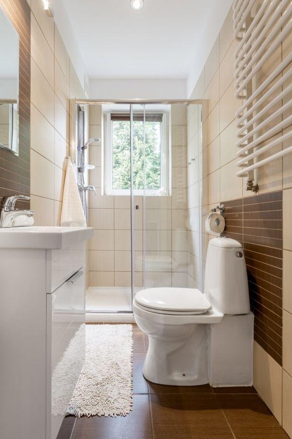 Badezimmer Schmal Ideen Bad Einrichten Kleines Bad Einrichten