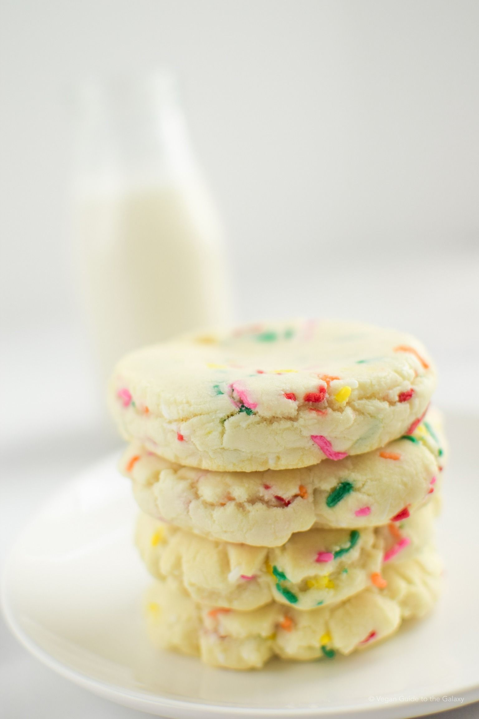 Confetti Cake Mix Cookies Recipe With Images Cake Mix Cookies Vegan Cookies Salted Chocolate Chip Cookies