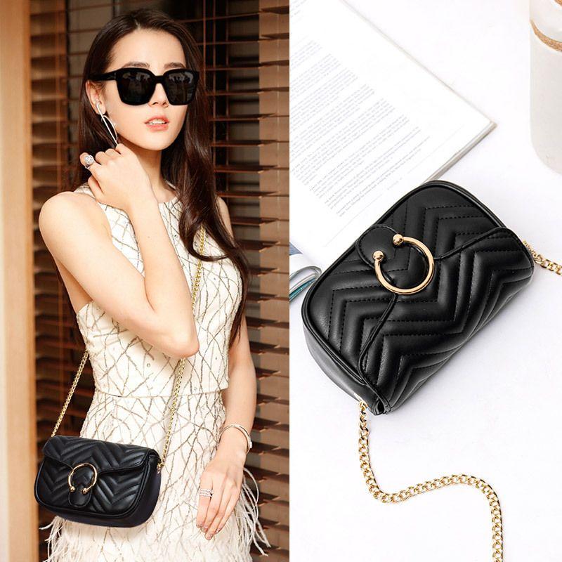 شنطة نسائية يومية جلد مطفي لون أسود ماركة ماليسي Shoulder Bag Chanel Classic Bags