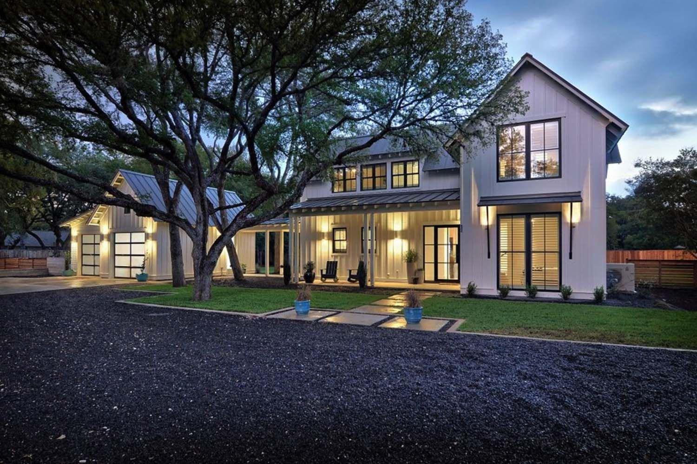 Austin custom home at The Reserve at Lake Travis. Timeless ...