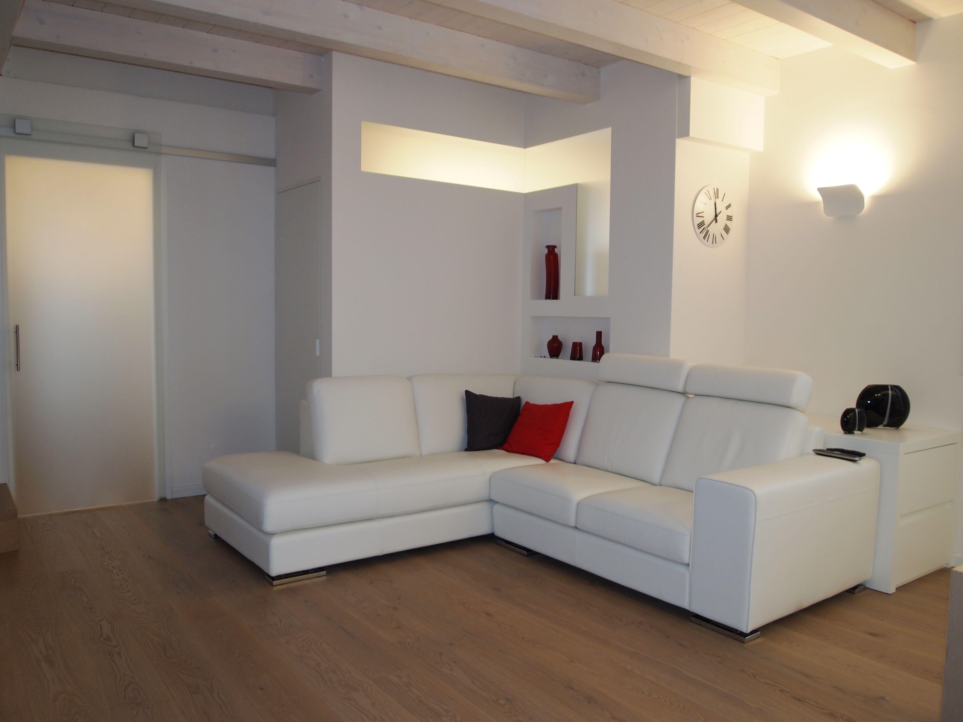 Abitazione privata #illuminazione #soggiorno #LED #Ligting ...