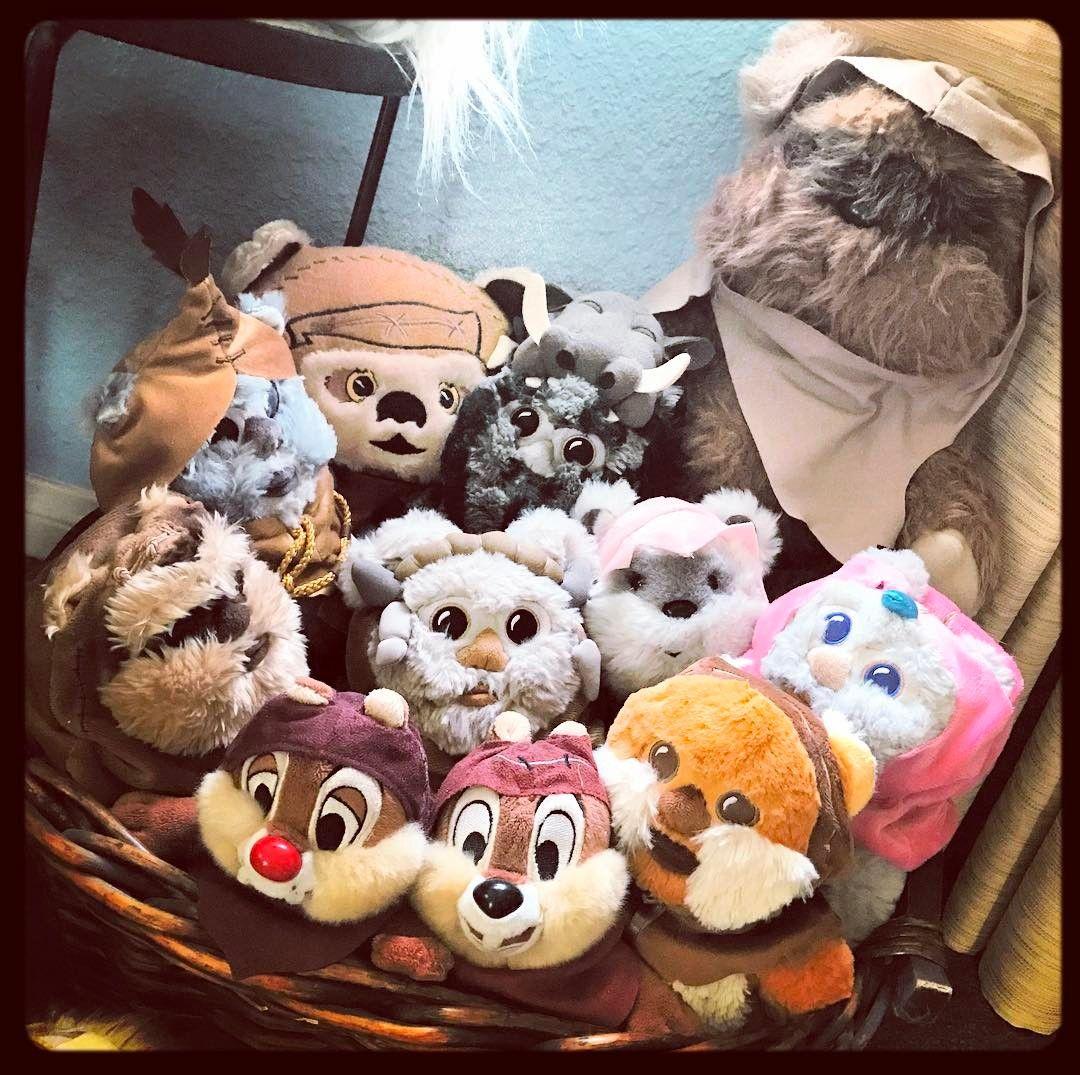Cute overload for your weekend :) #ewok #ewoks #ewokbasket #vintage #starwars #chipwoks #chipanddale