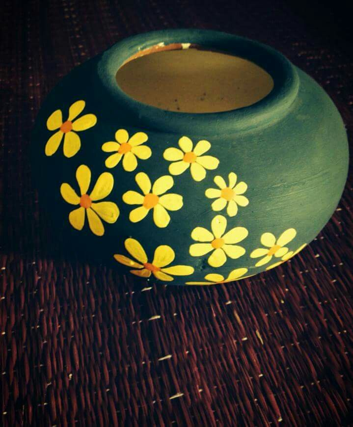 easy clay pot painting designs Pin by Nuñez Elida on Decorative pots  Pottery painting, Pottery