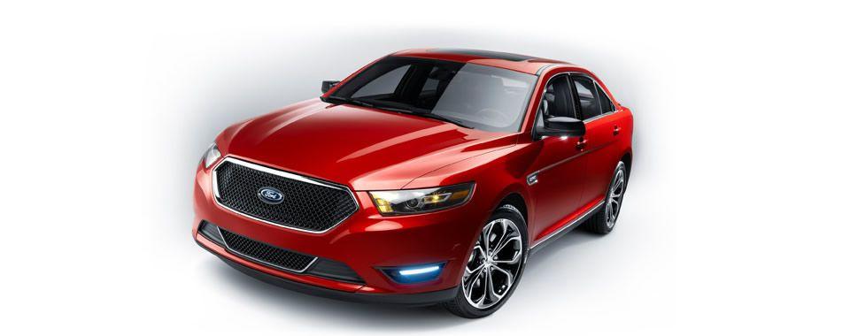 2015 Ford Taurus Powerful looks match its performance