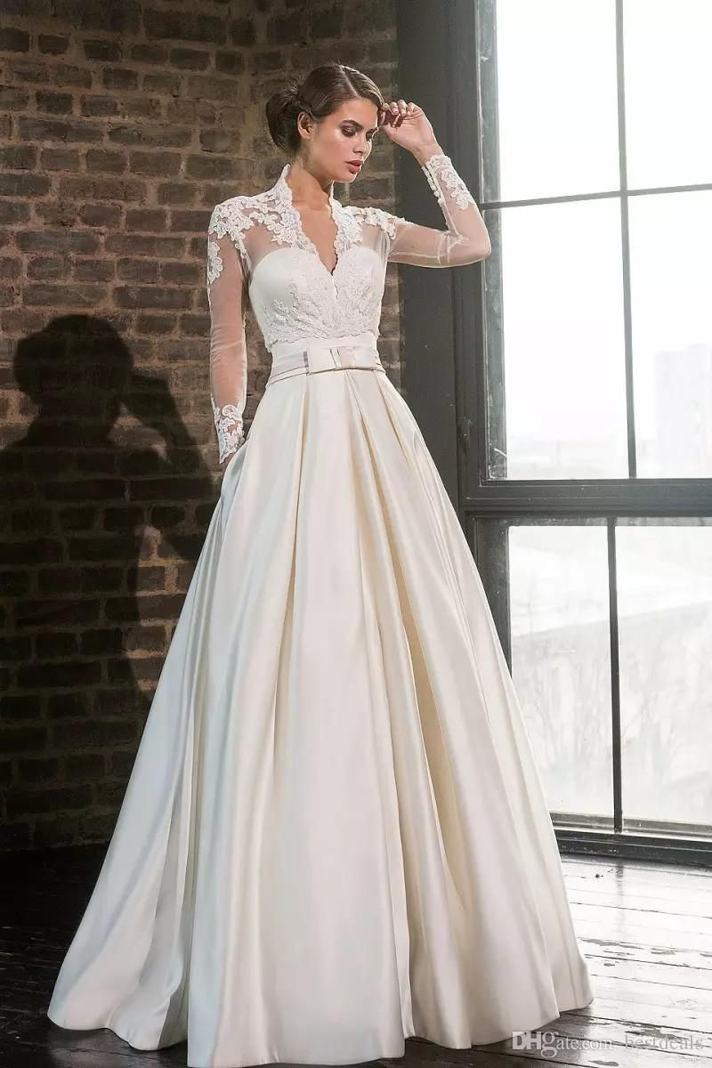 White//Ivory Vintage Lace Wedding Dress Bridal Gown with Lace Sequins Custom Made