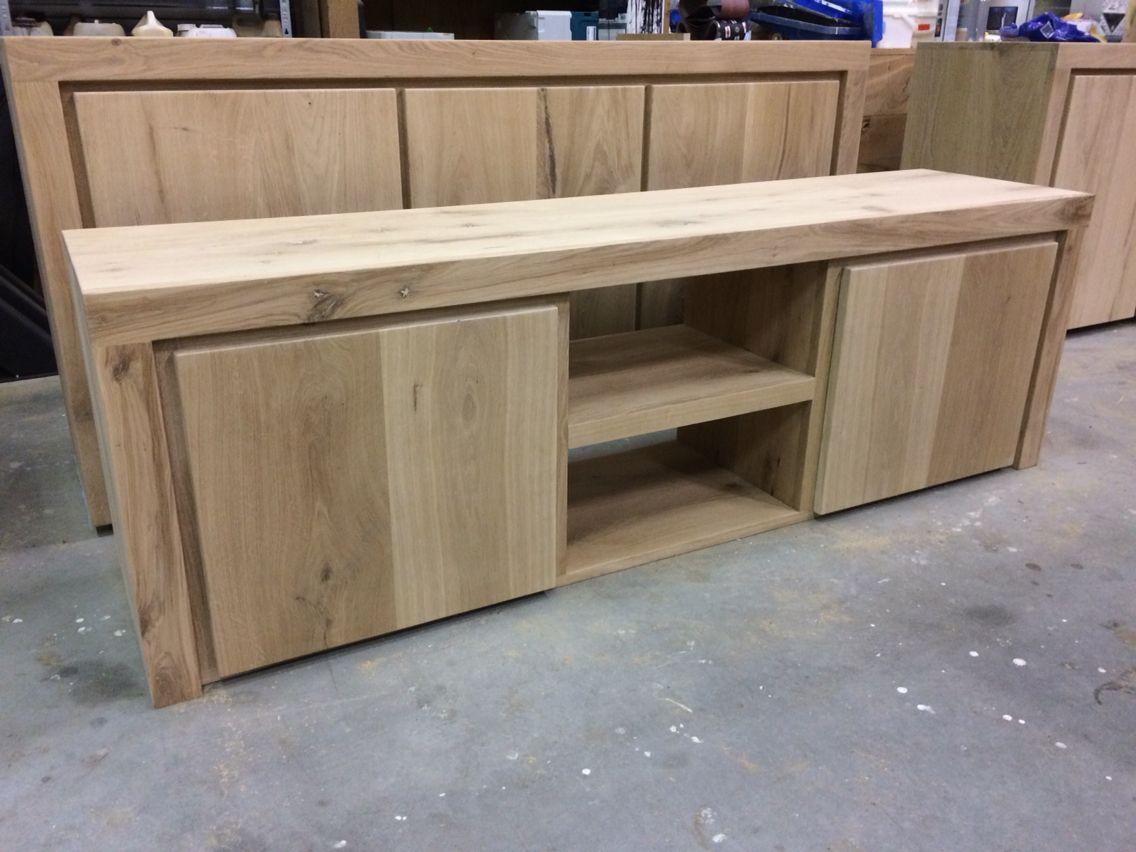 Massief eiken tv meubel for Eiken tv meubel