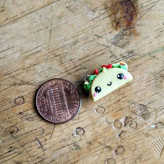 Kawaii Cute Taco Polymer Clay Charm Food por TheClayCroissant
