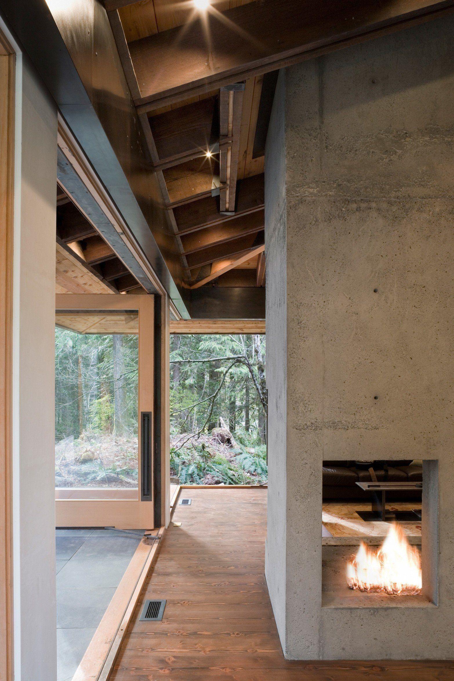 Concrete Cabin Ok Tye River Cabin Materials Wood Concrete Up North