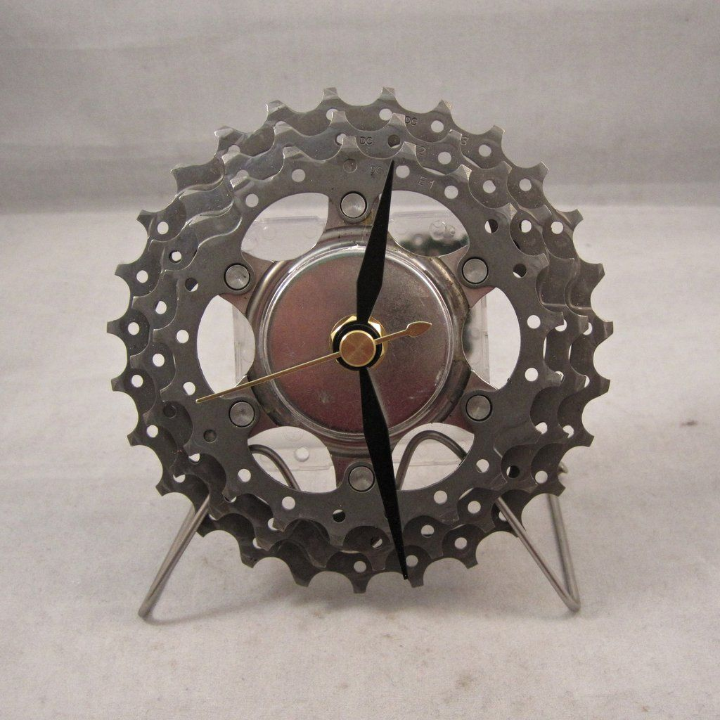 Recycled Bicycle Art Recycled Shimano Road Bike Cassette Clock 6