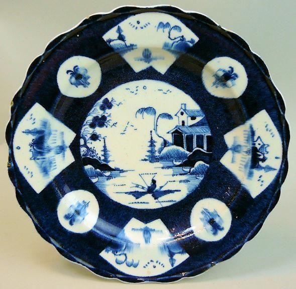 ANTIQUE WORCESTER BLUE & WHITE PORCELAIN CHINESE LANDSCAPE PLATE C.1770 £235