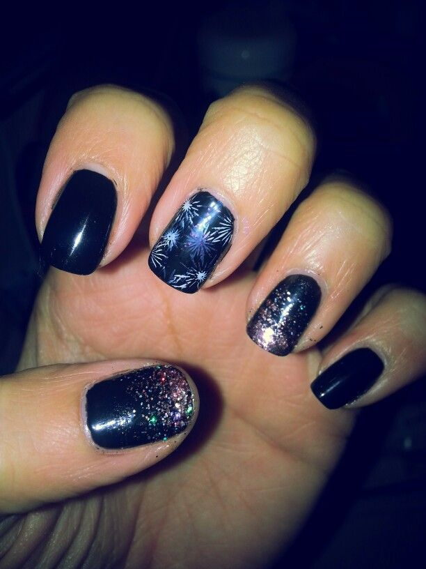 My new Year nails. Last nail design of the year. Happy New Year ...