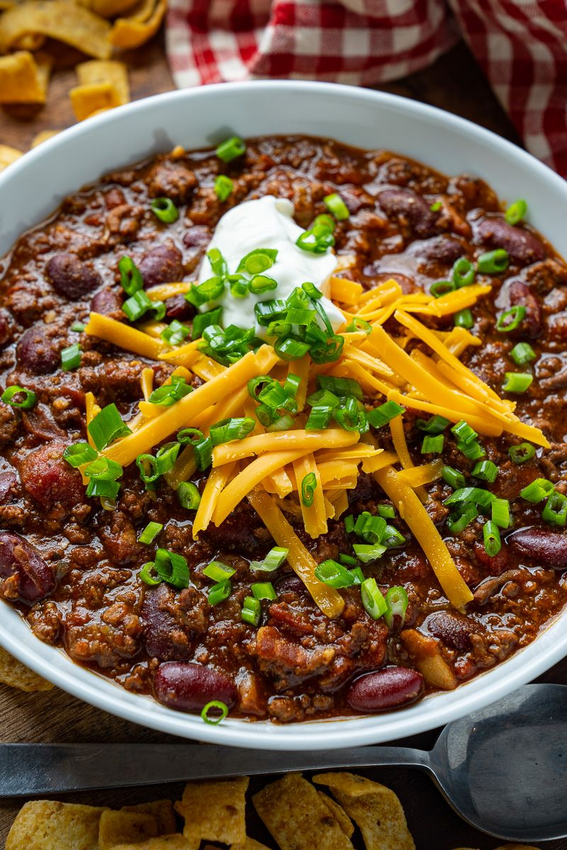 Easy Crockpot Chili Recipe Easy Dinner In A Flash Recipe Easy Chili Recipe Crockpot Recipes Crockpot Recipes Slow Cooker