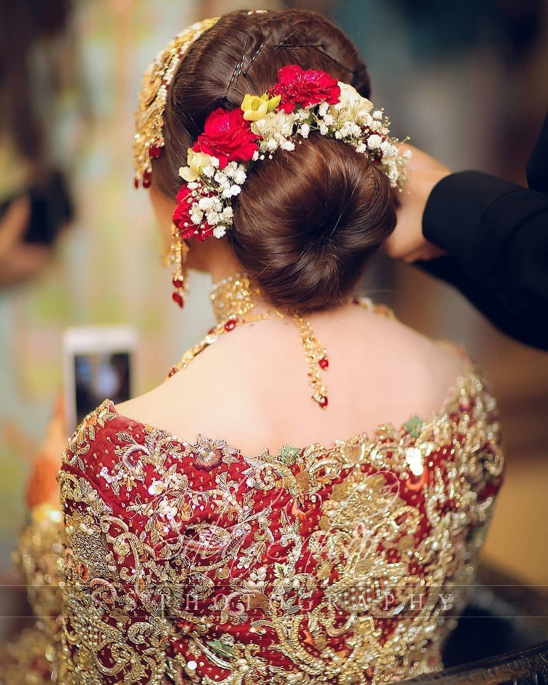 Awesome Looking Hair Styles Bridal Hair Buns Hair Styles Pakistani Bridal Hairstyles