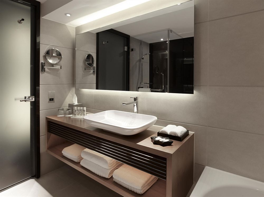 Pin by Alie on [ID] Bathroom and Toilet | Pinterest | Toilet and House