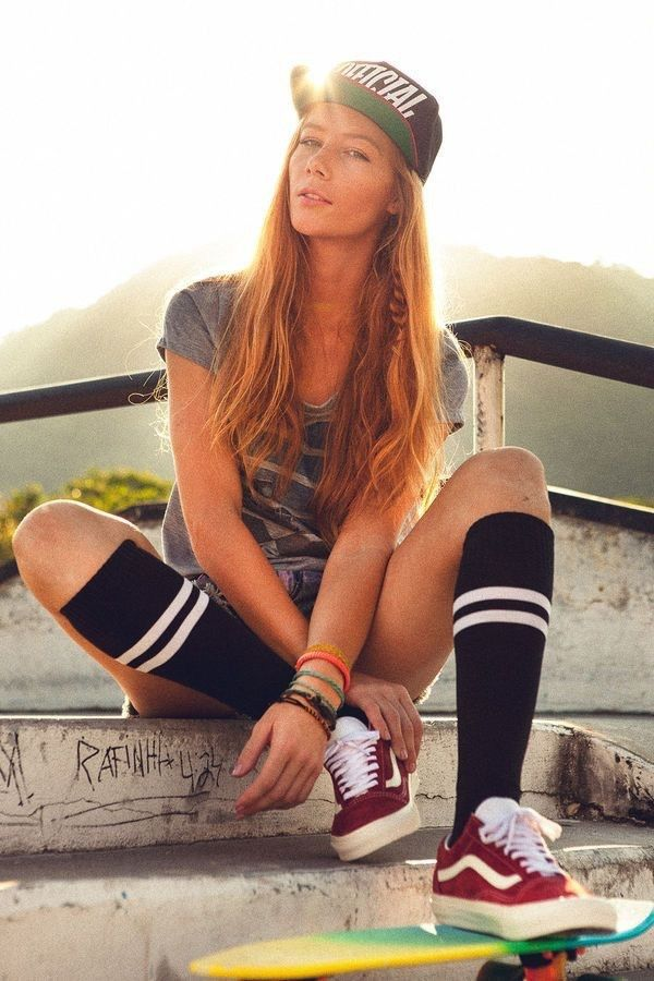 You can wear heels in block colors to add the pop of color to your  skater   outfit  streetwear  street  style Leggings are also a fun way to do that. f5220ef44