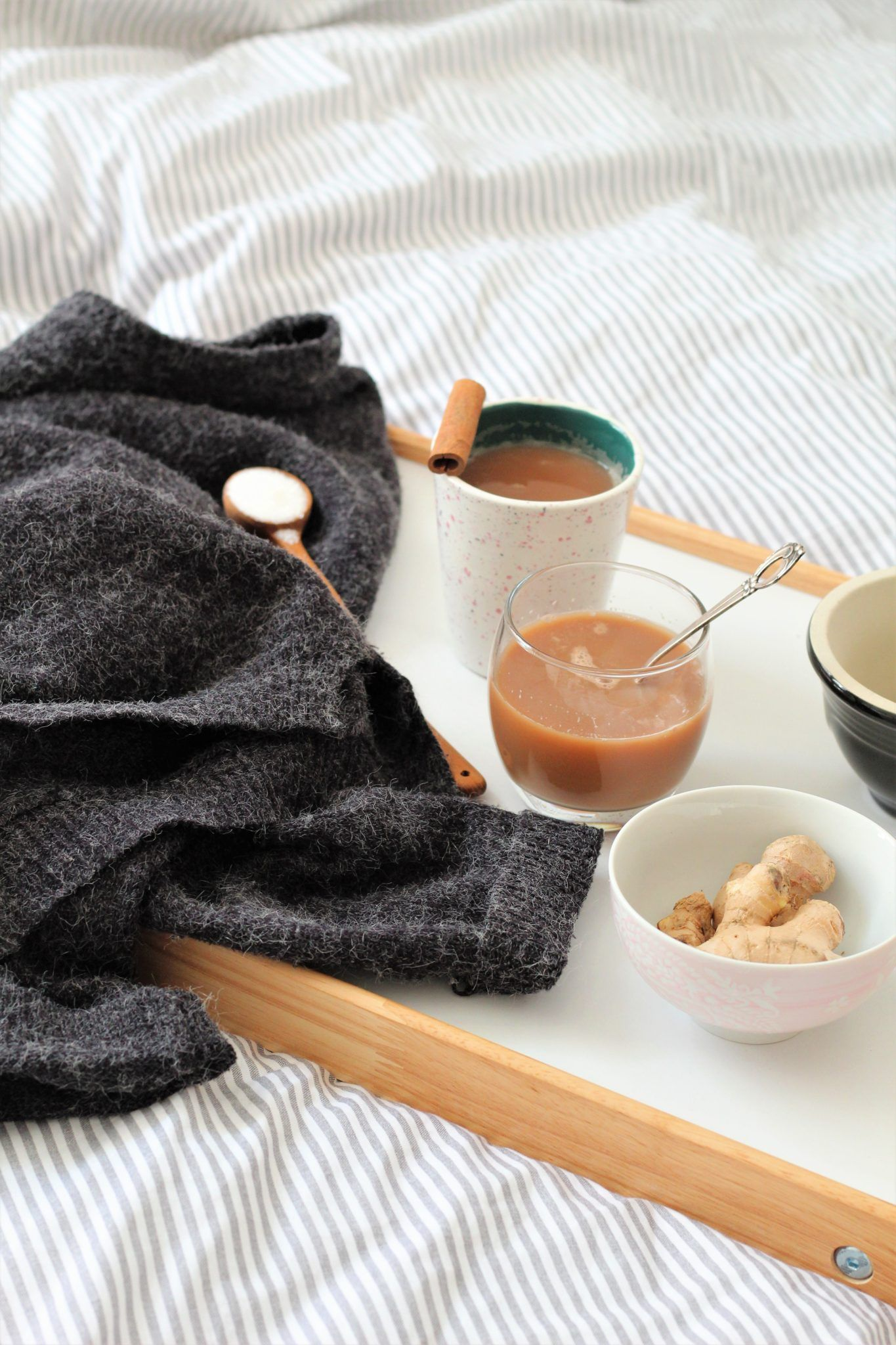 Hjemmelavet chai med havremælk - verdens hyggeligste drik