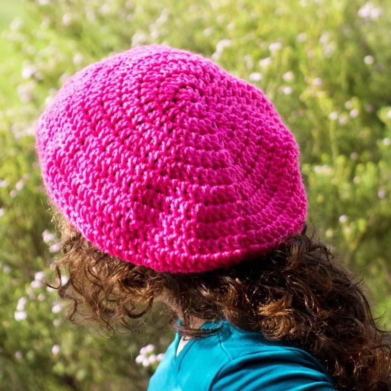 Basic Slouchy Beanie « The Yarn Box | Crochet - Gorros, boinas ...