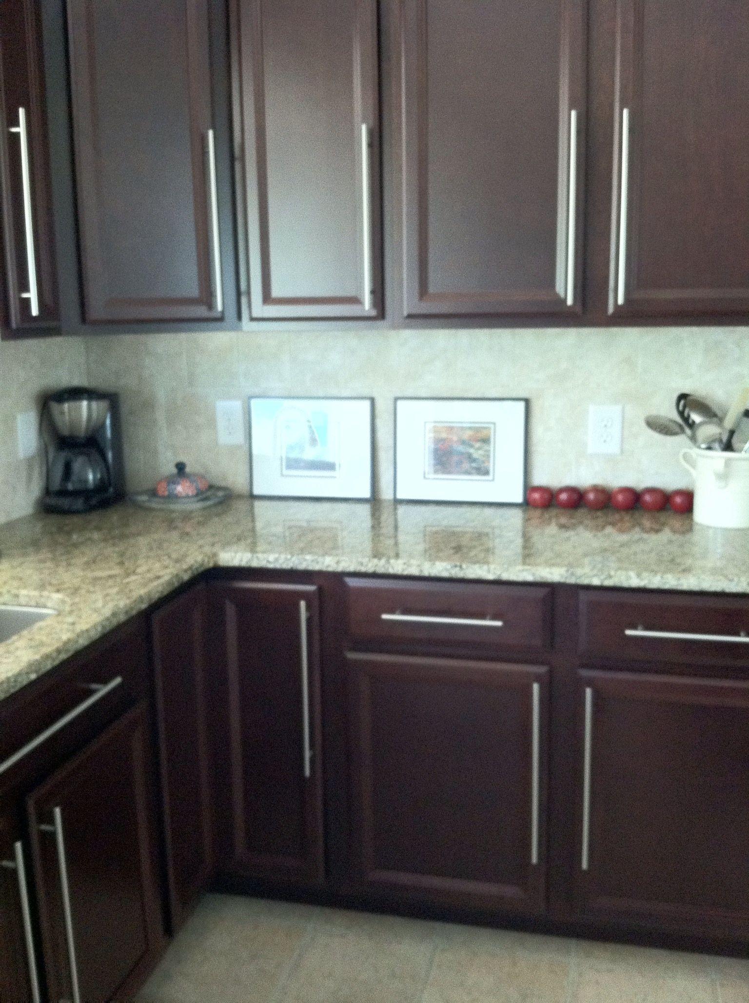 De-Ryanizing my Ryan Homes kitchen. Added long cabinet hardware ...